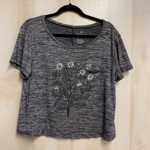 ✨3 for 20✨American Eagle Soft Tee Size Large
